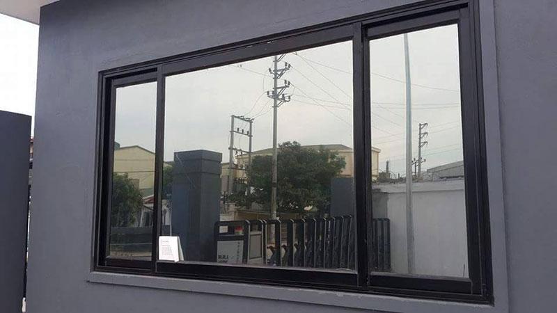 Giấy dán cửa kính phản quang có chống nóng tốt không